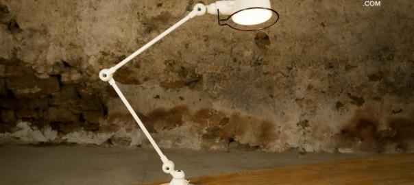 Une des versions de la lampe Djieldé disponible chez Produit Intérieur Brut…